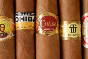 From left to right: Bolivar Belicoso Fino, Cohiba Siglo IV, Cuaba Distinguidos, Trinidad Robusto Extra, Hoyo Churchill